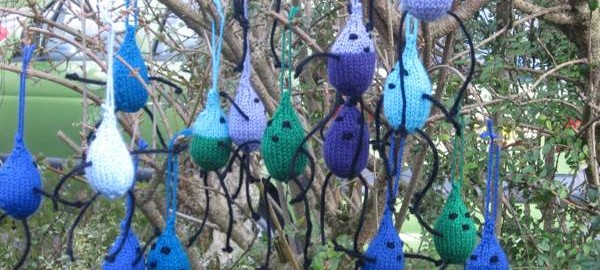WaterAid, Knitted Raindrops.